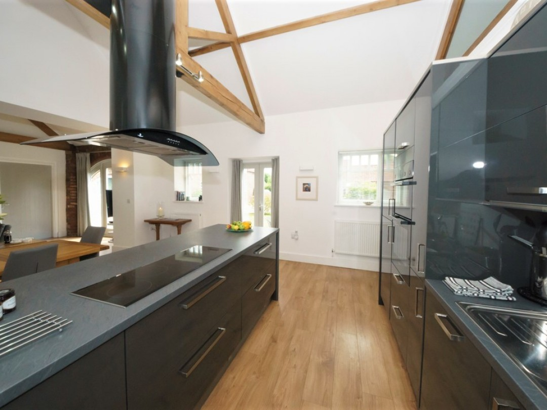 The Plovery modern well equipped kitchen