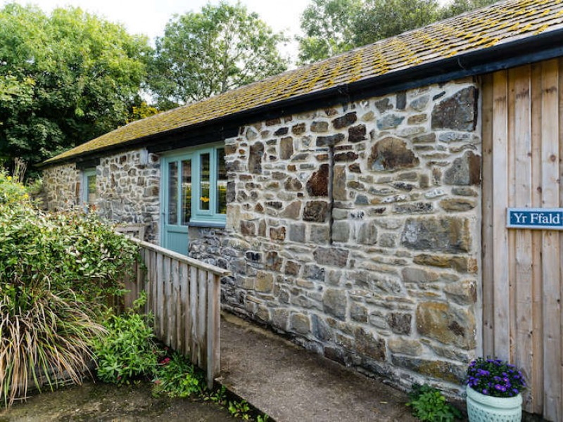 Yr Ffald At Cwm Connell Coastal Cottages