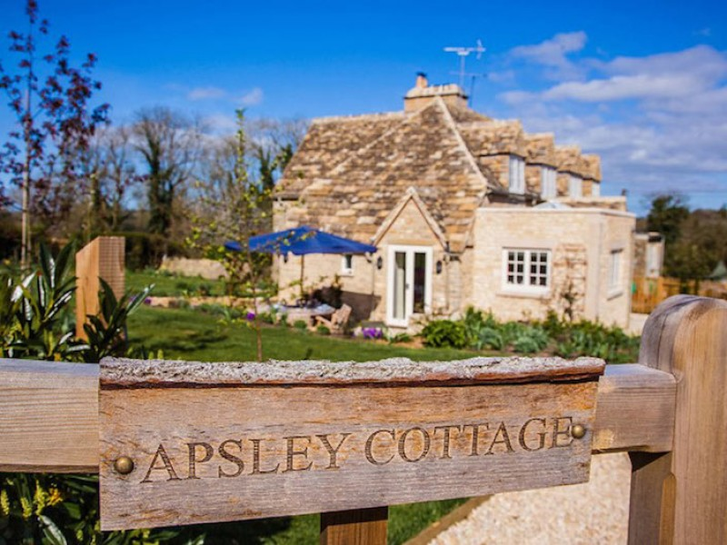 Pet-Friendly Rural Group Accommodation in The Cotswolds