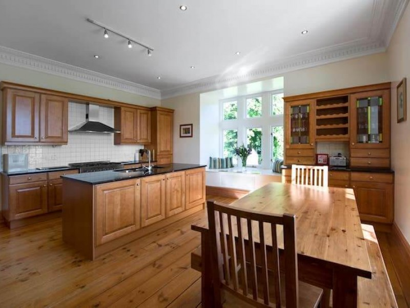 Spacious kitchen to enjoy