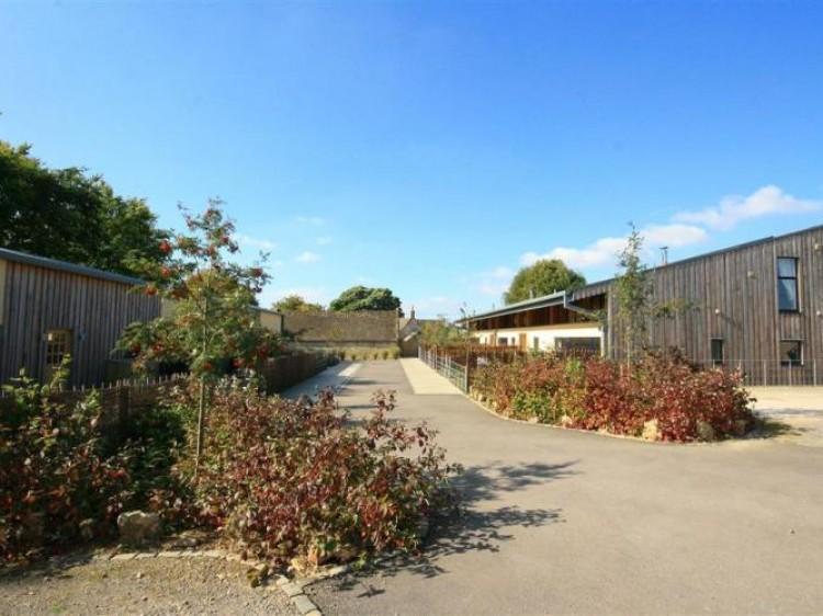 The Grove At Notgrove Estate