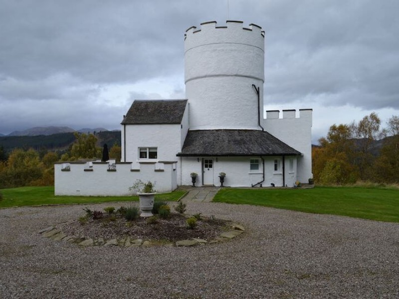 The White Tower Of Taymouth Castle