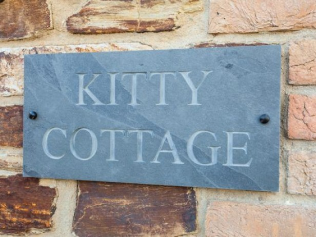 Kitty Cottage At Bumbledown