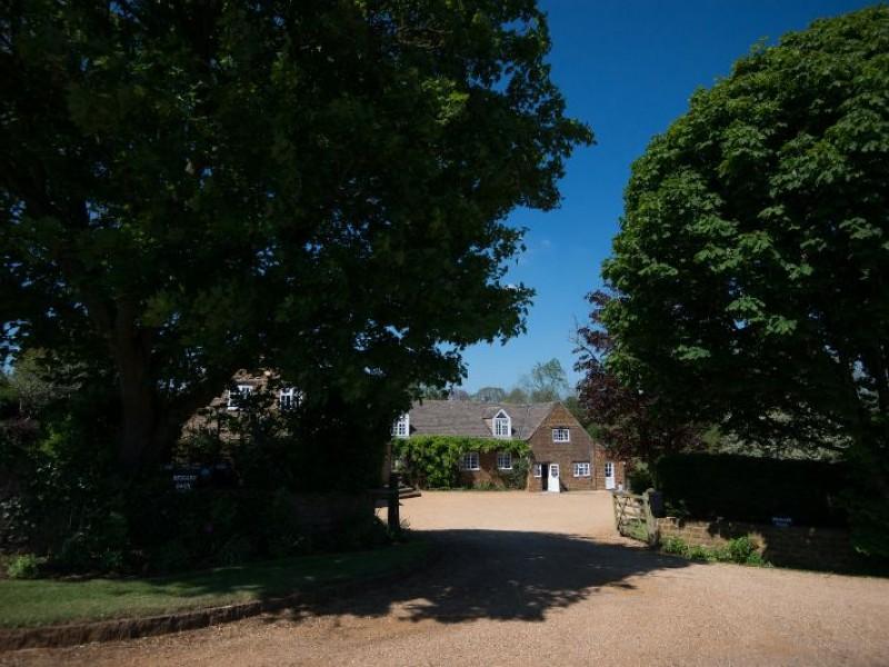 Beggars Barn Main House entrance