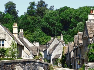 Yew Tree Cottage At Grey's Court Cottages