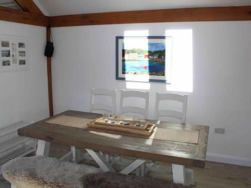 2 Pantlon Cottage