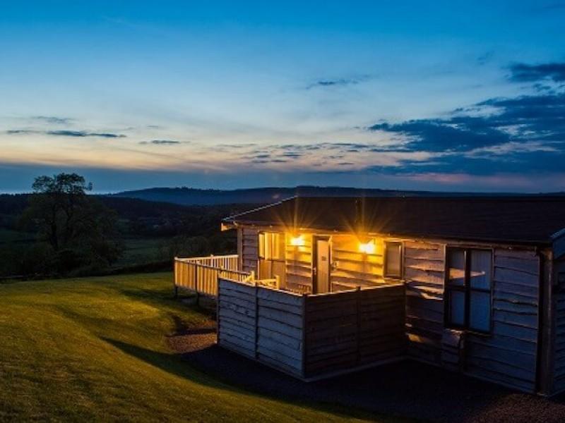 Swallow Lodge At Moonrise Lodges
