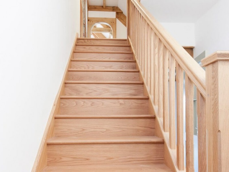 Quality oak joinery throughout