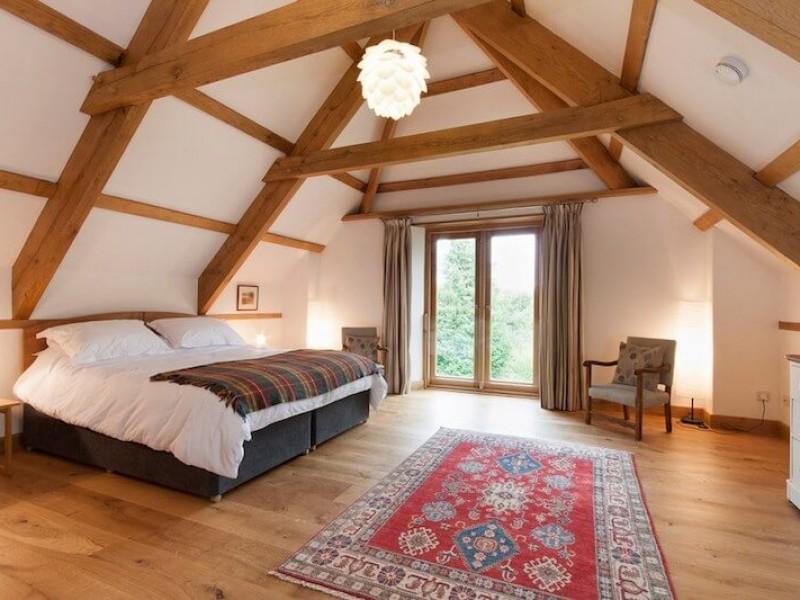 Master bedroom (B1)
