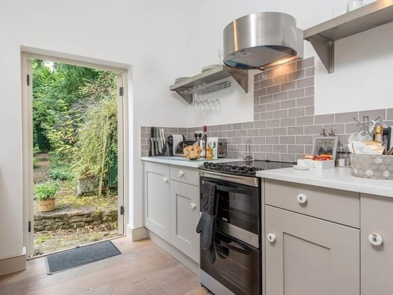Kitchen to Garden