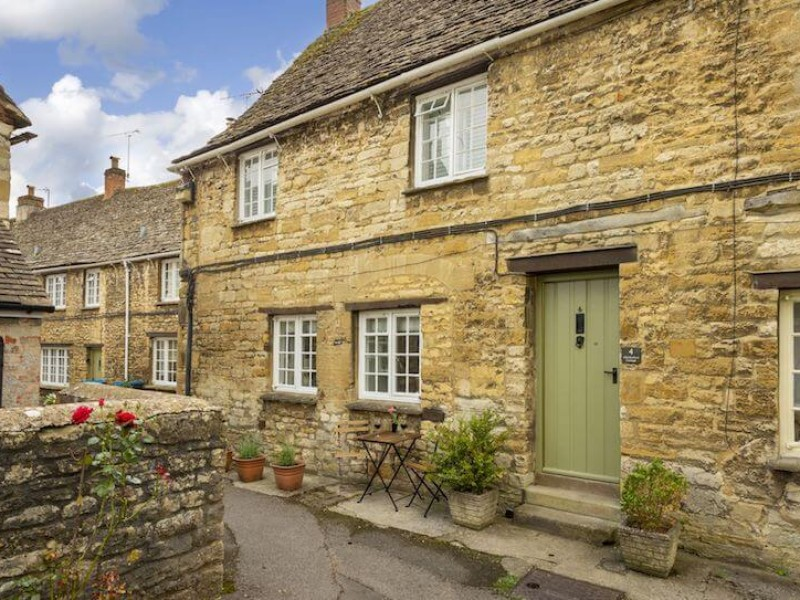 Old Burford Cottage