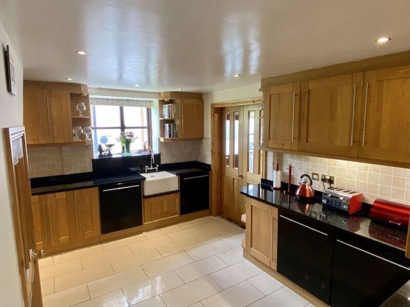 Trysor Holiday Cottage Kitchen