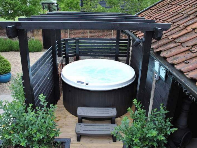 Hot Tub Cottage Suffolk