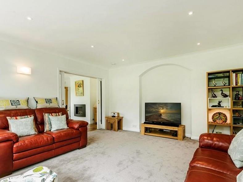 Sitting Room - Smart TV