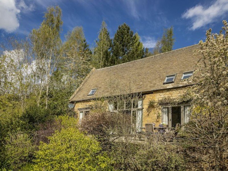 Buckland Wood Barn