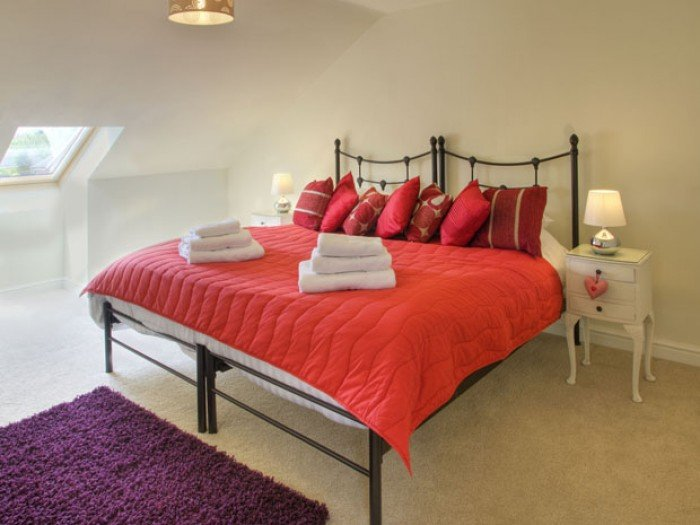 Light & Airy Rooms