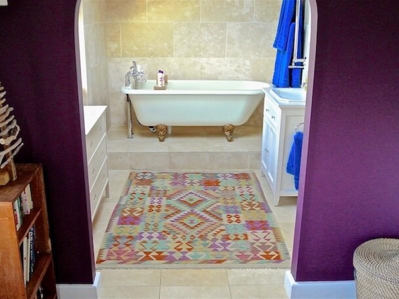 Short House Bathroom