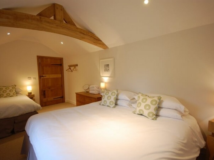 Oak Barn -choice of single or double beds.