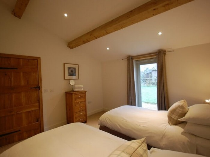 Oak Barn -Ideal for Bath and Bristol