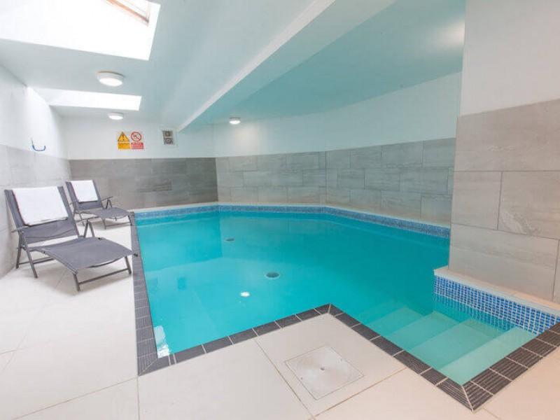 Indoor Pool at Walnut Arbour