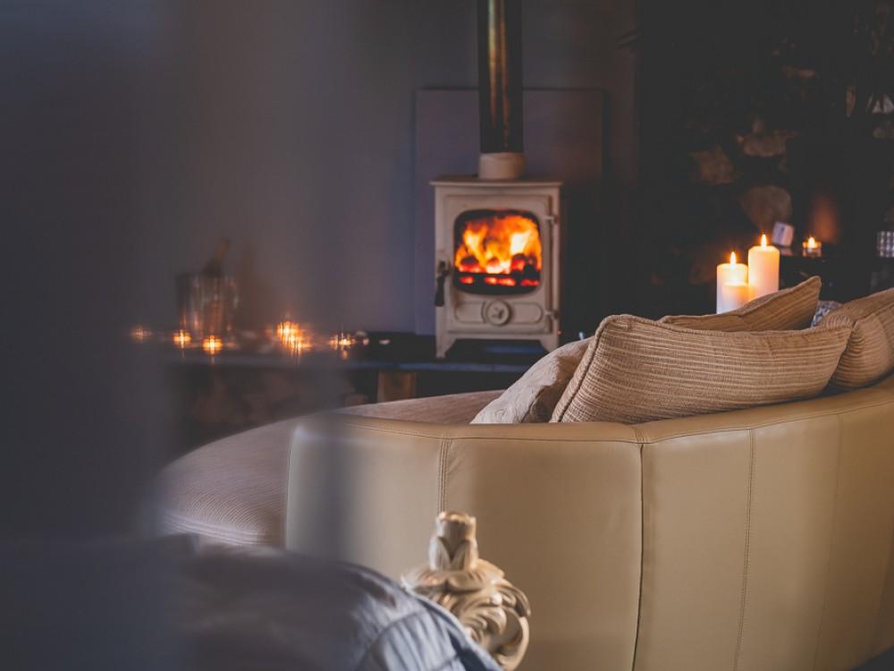 Oval cuddle sofa