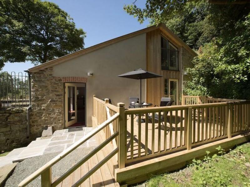 Dog House At Coed Haroldston