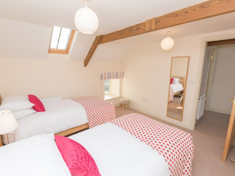 Lyme Cottage -Twin Room