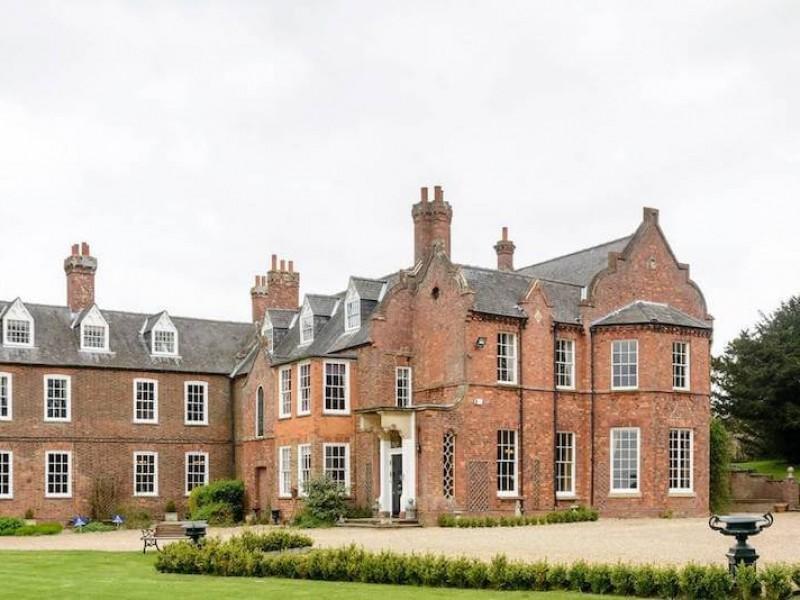 Skendleby Hall