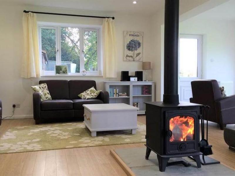 Holly Cottage - Surrey Hills