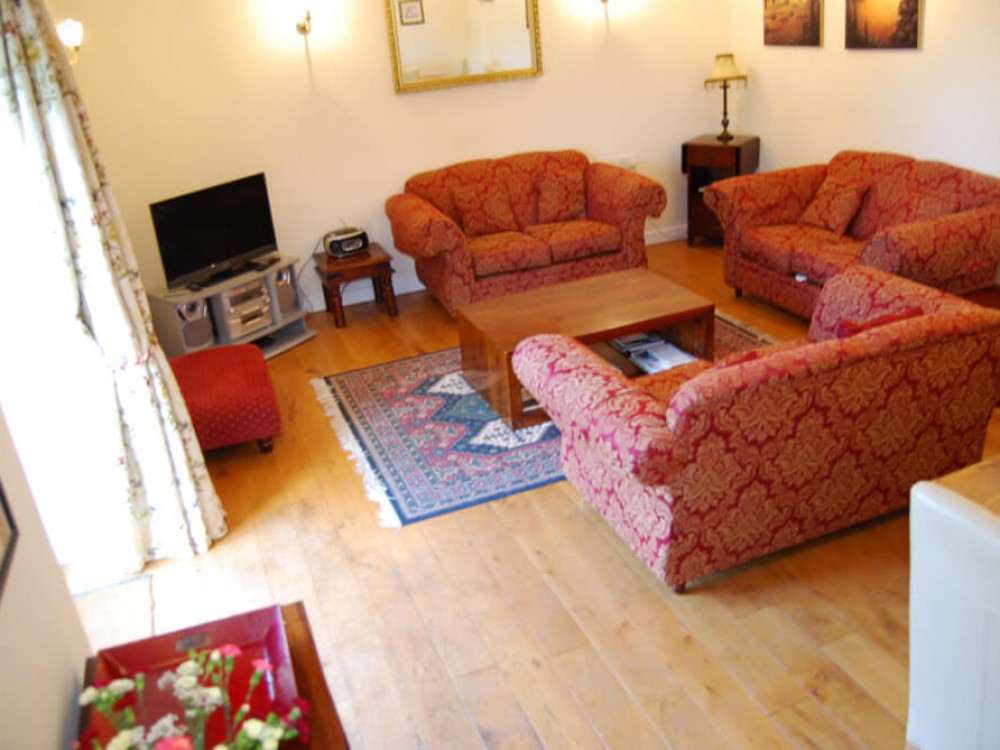 Blossom Cottage At Priory Farm Holidays