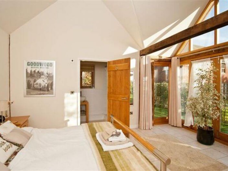 Goodwood Oak Lodge