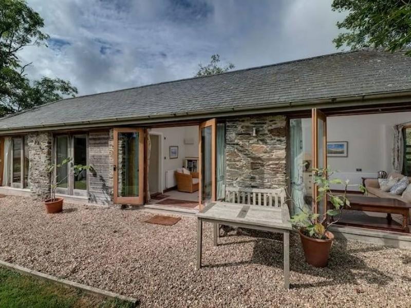 Coombe Farmhouse At Calancombe Estate
