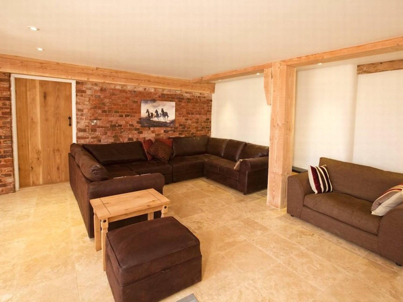 Jurston Barn - Luxury holiday barn, Somerset