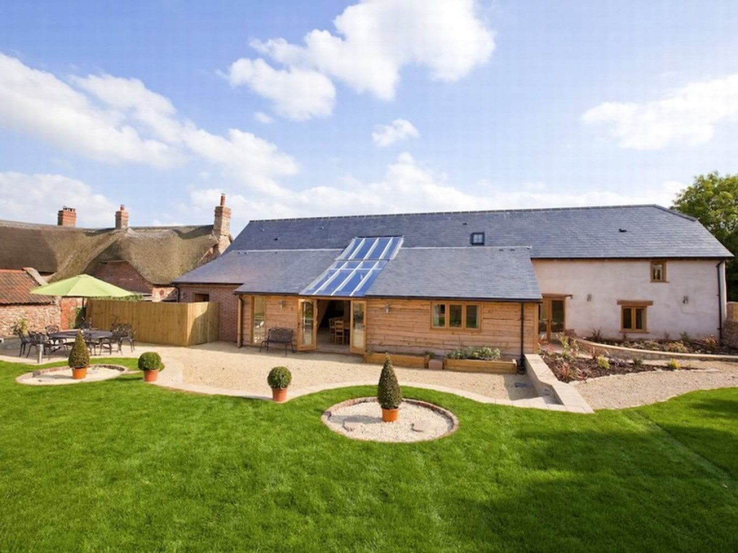 Jurston Barn - Luxury holiday barn, Somerset