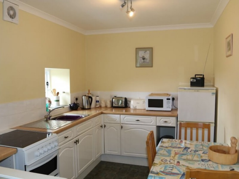 Appletree - kitchen area