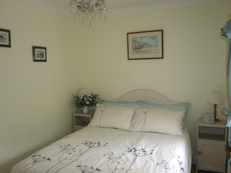 Appletree - main bedroom