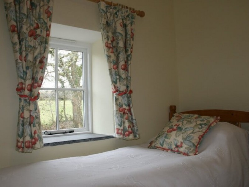 Appletree  - view from second bedroom