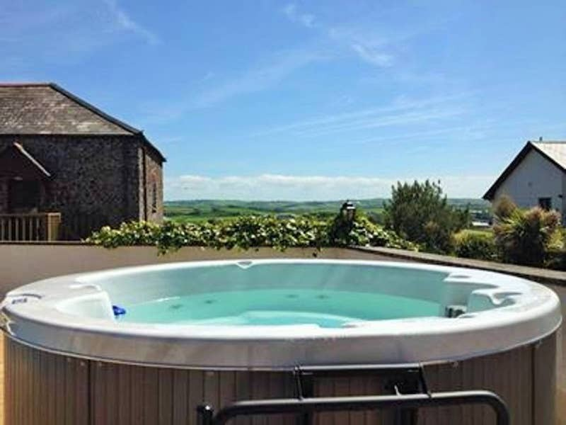 Pound Cottage At Hilton Farm Holidays