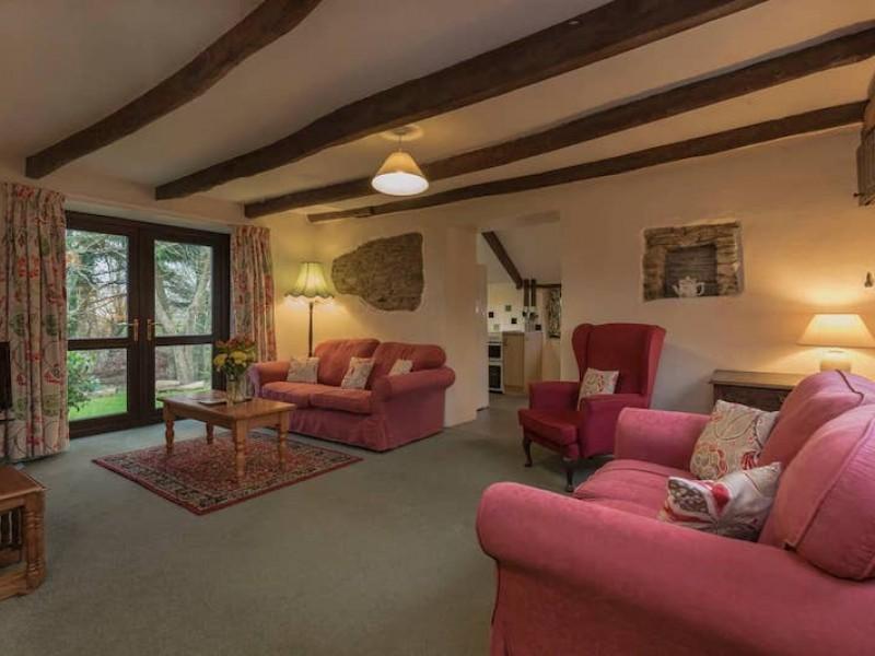 Apple Cottage At Wringworthy Cottages