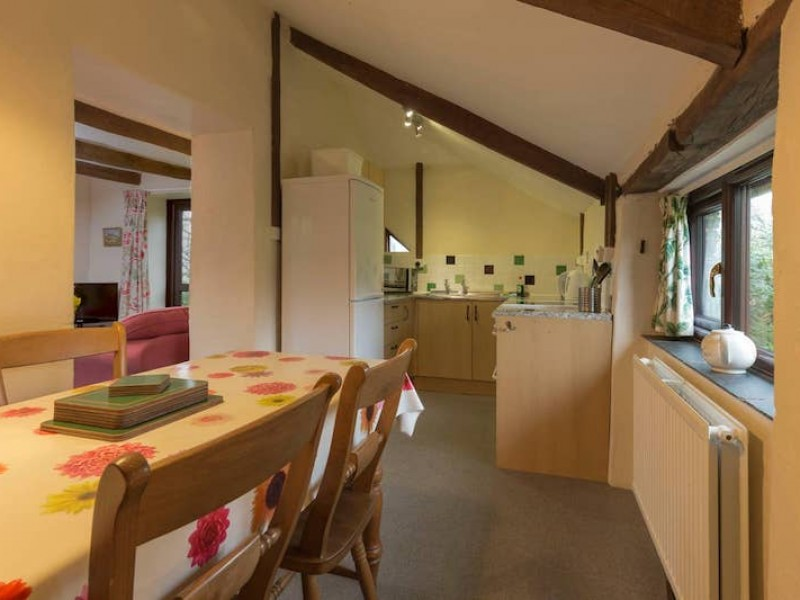Apple Cottage At Wringworthy Cottages
