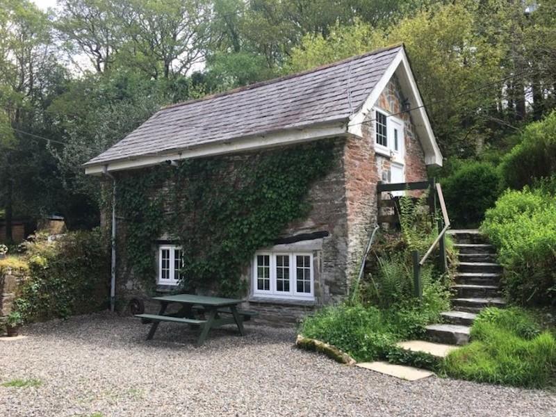 Barn Cottage At Tresarran Cottages