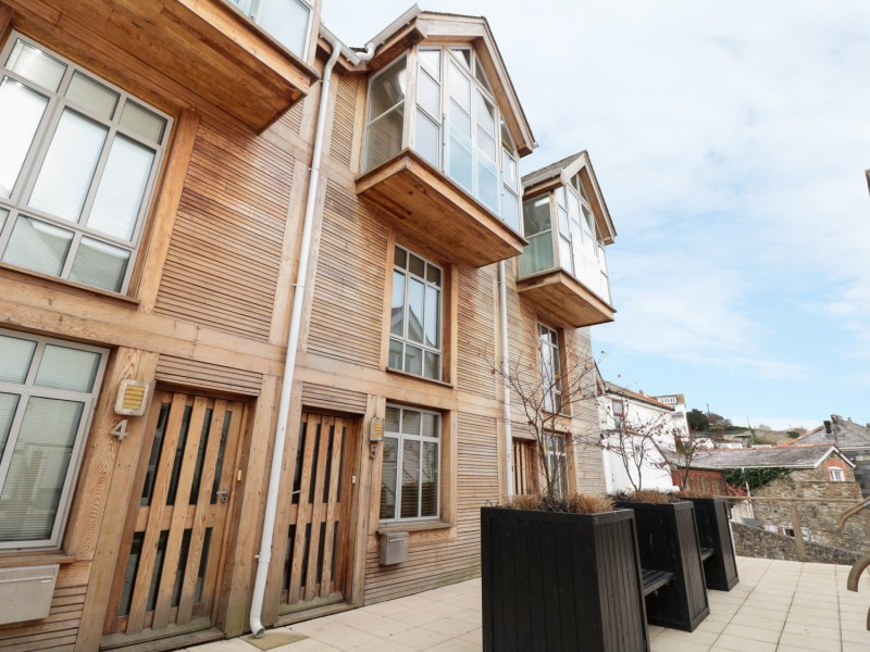 5 Harbour Yard, Salcombe