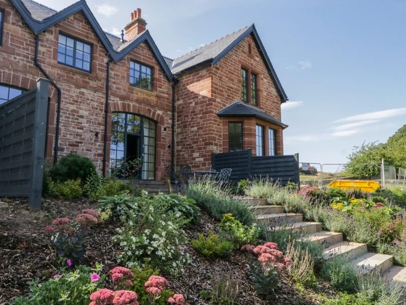 5 Tarn End Cottages