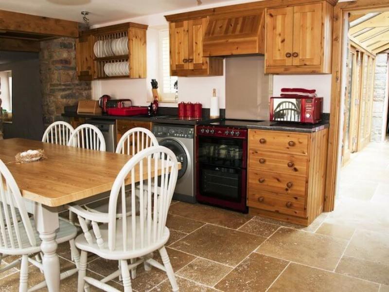 Y Sgubar At Rhiannydd's Cottages