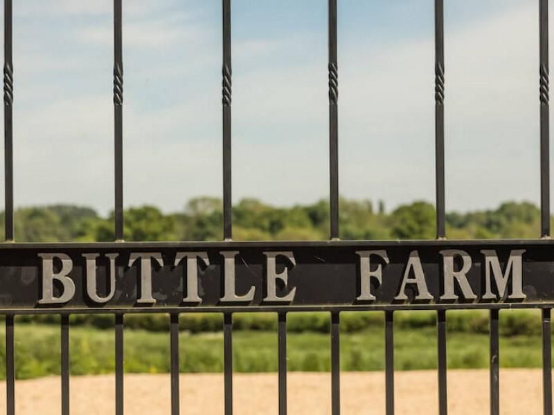 The Chalk Barn At Buttle Farm