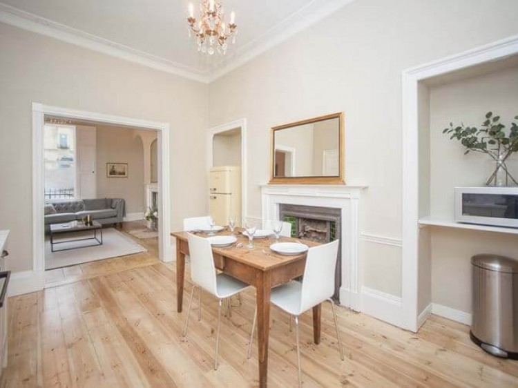 Garden Flat At 11 Southcot Place