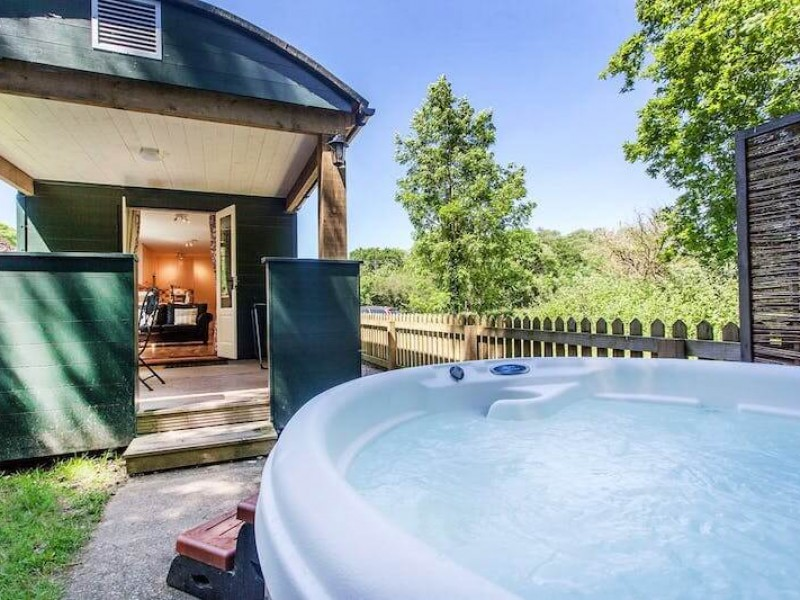 The Railway Carriage At Lavender Hill Holidays