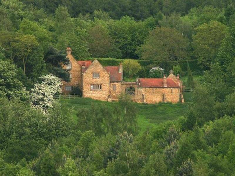Heath Farm Nestled in 70 Acres of Woodland