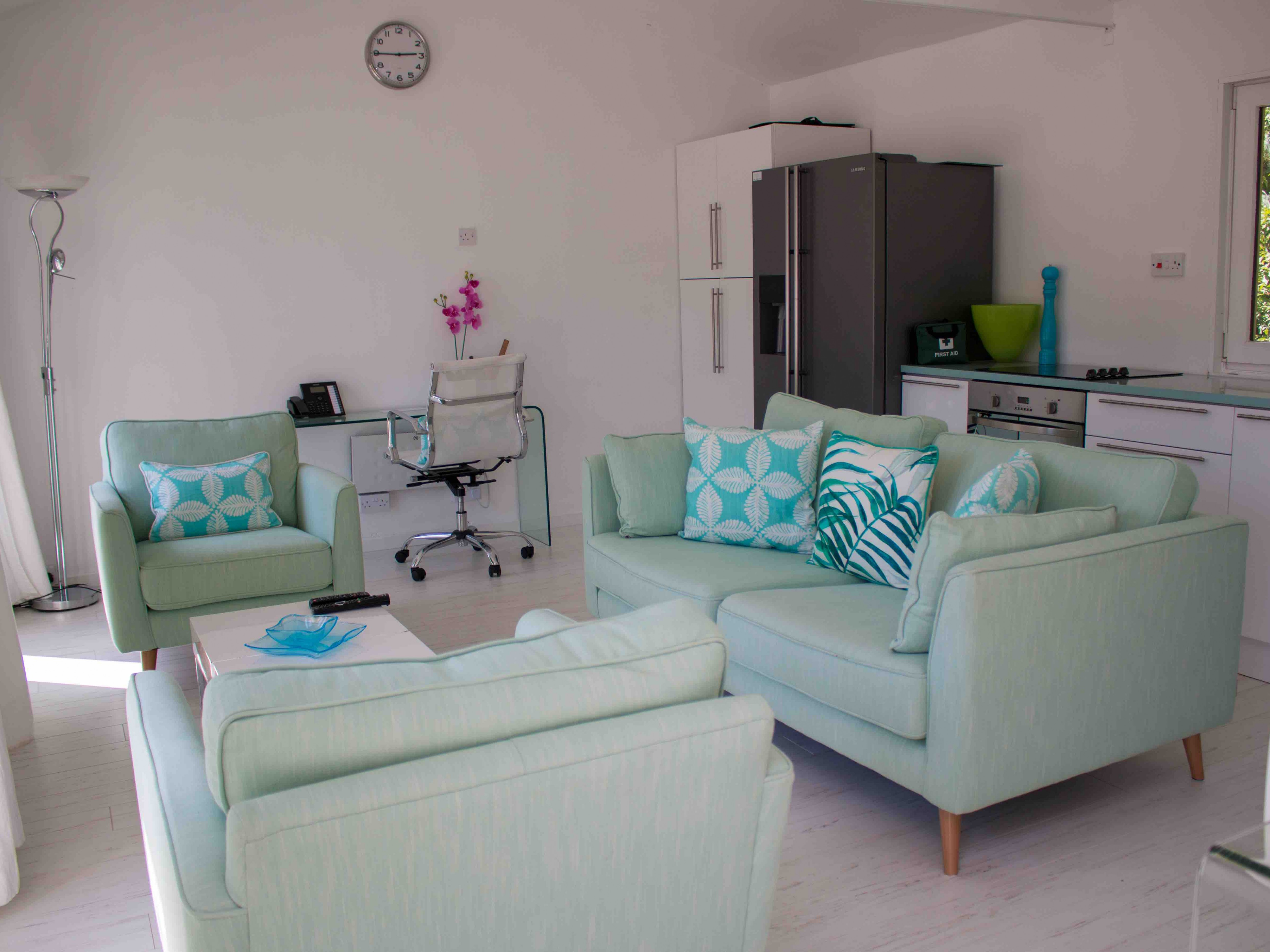 Summer House living space