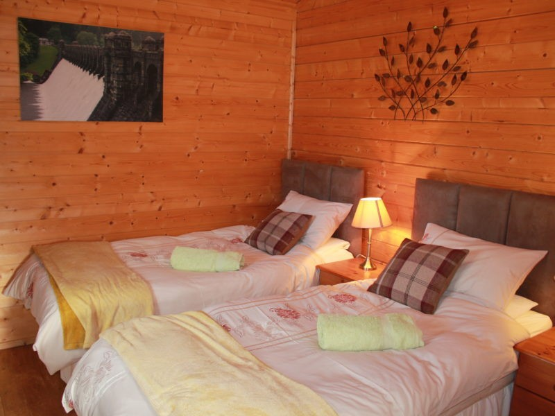 Cabin Iwrch At Maengwynedd Log Cabins
